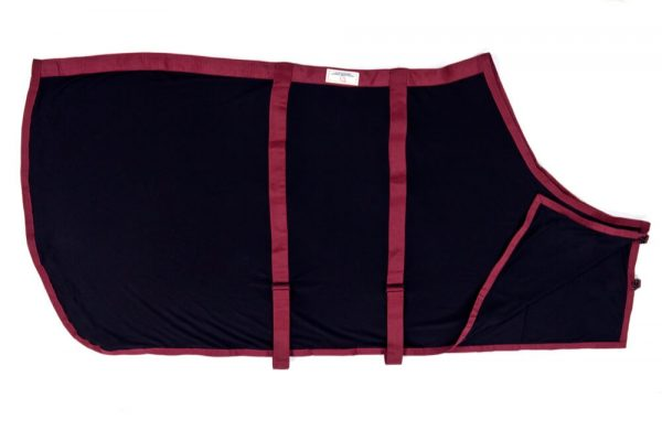 Draper Equine Therapy® Anti-Sweat Sheets are made of a comfortable and breathable mesh that is designed to be both stylish and aid in muscle recovery. They offer maximum wicking capabilities and are typically used on horses before and after workout.